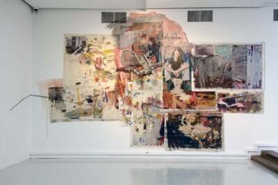 Vicky Neuman, 2014, Obra 07, Acrílico y óleo sobre tela, collage, plástico y mugre. 690x374cm