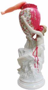 Vicky Neumann - 2017 - Cántaro Rosa - Mixta sobre porcelana - 66x33x45cm
